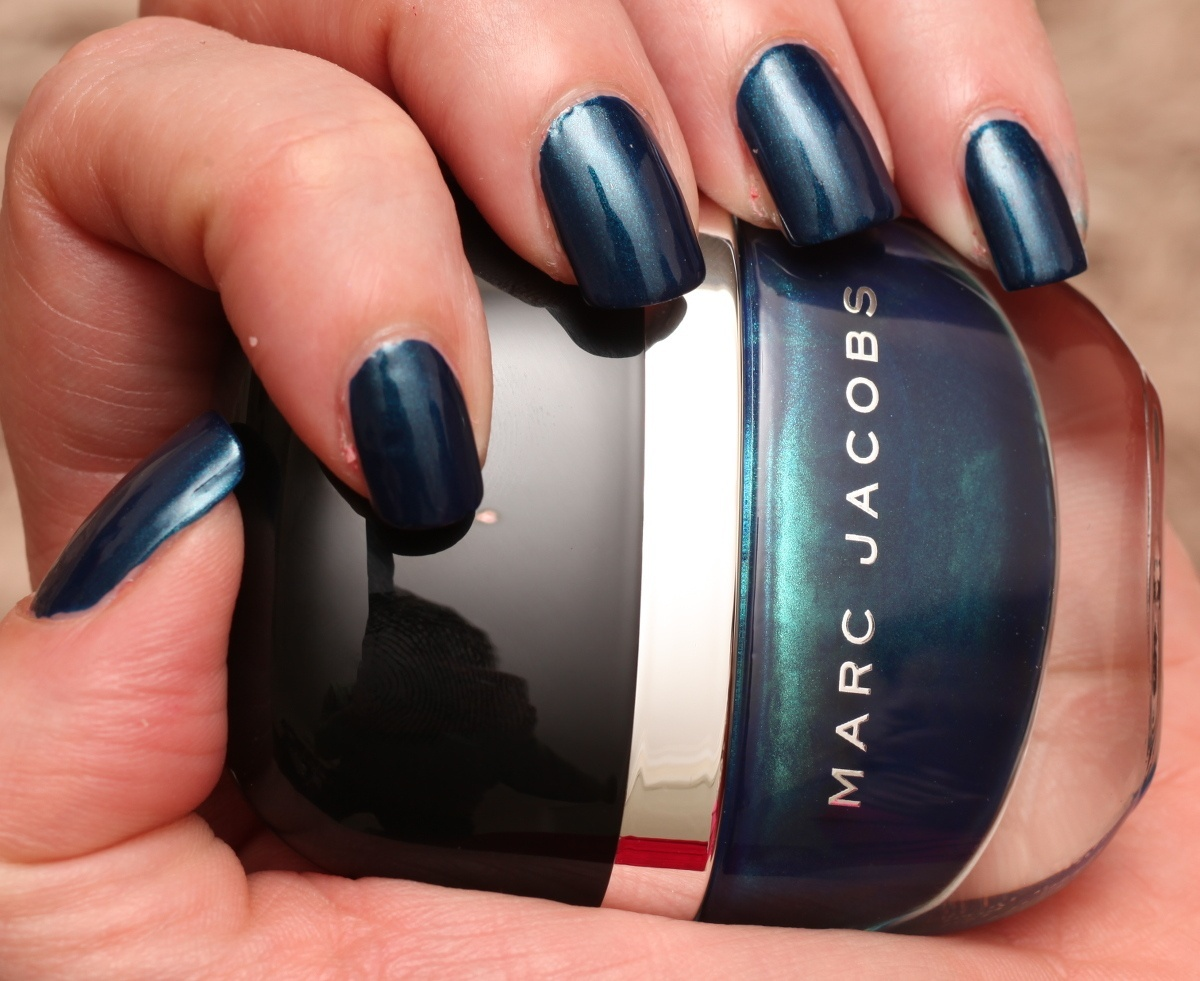 Marc Jacobs Blue Velvet 132 By Swatchfest