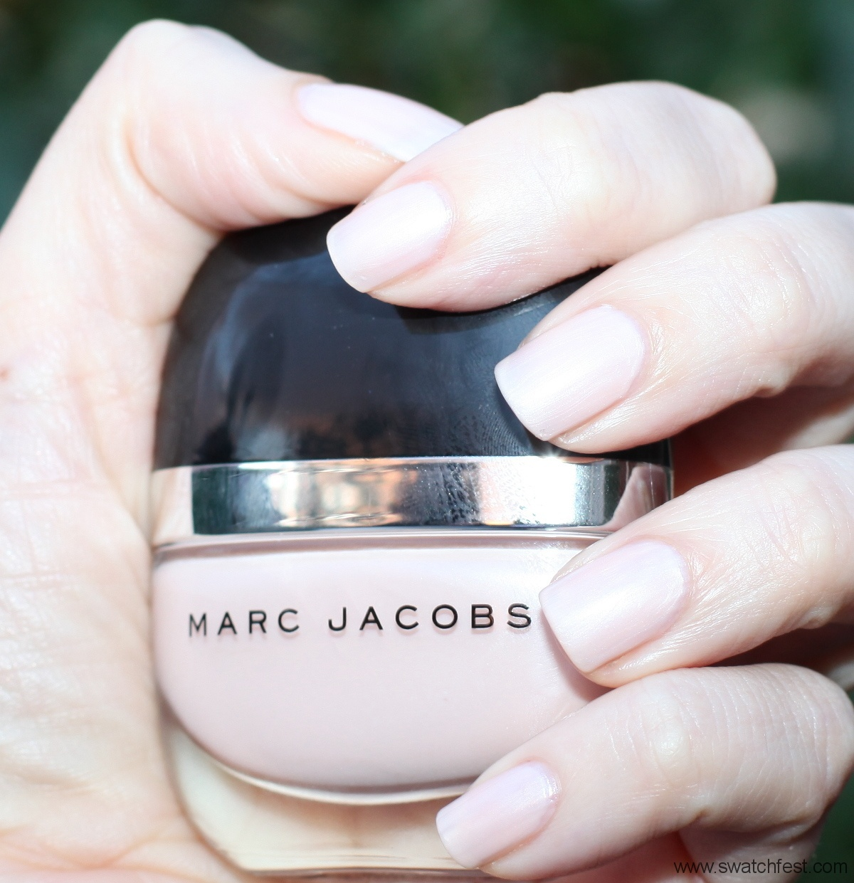 Marc Jacobs Daisy #102 by SwatchFest