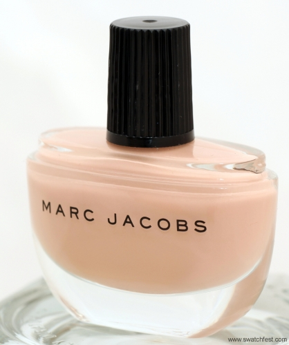 marc-jacobs-funny-girl-104-bottle4