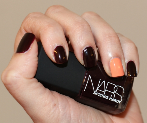 nars-sharplines-right-swatch2